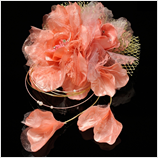 髪飾り(HA-003) サーモンピンクの大花 ゴールドレース髪飾り