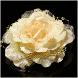 髪飾り(HA-007) クリーム系の淡いベージュの大花 ゴールドレース髪飾り